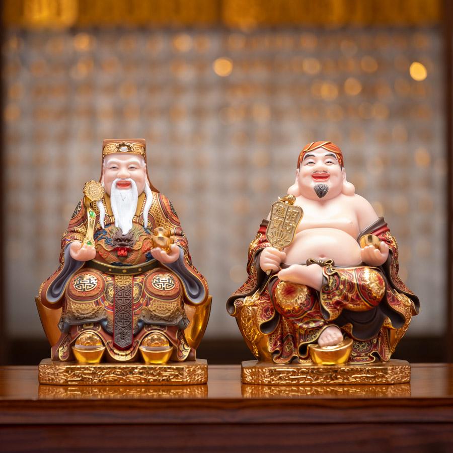 Cúng thần tài thổ địa hàng ngày là nét văn hoá của người Việt