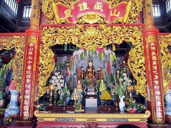 Văn khấn ban Sơn Trang