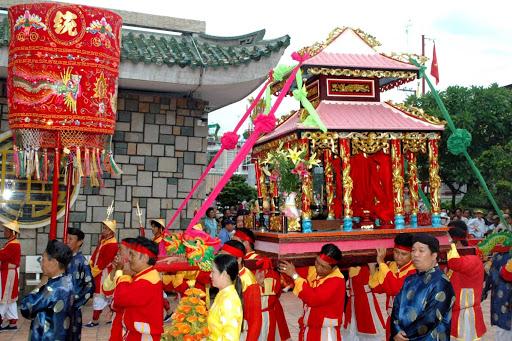Lễ hội bà chúa xứ Châu Đốc
